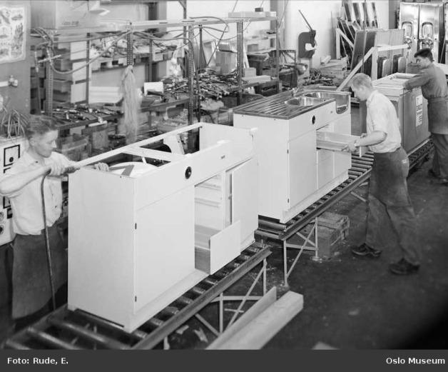 Evalet kjøkkenbenk produksjon